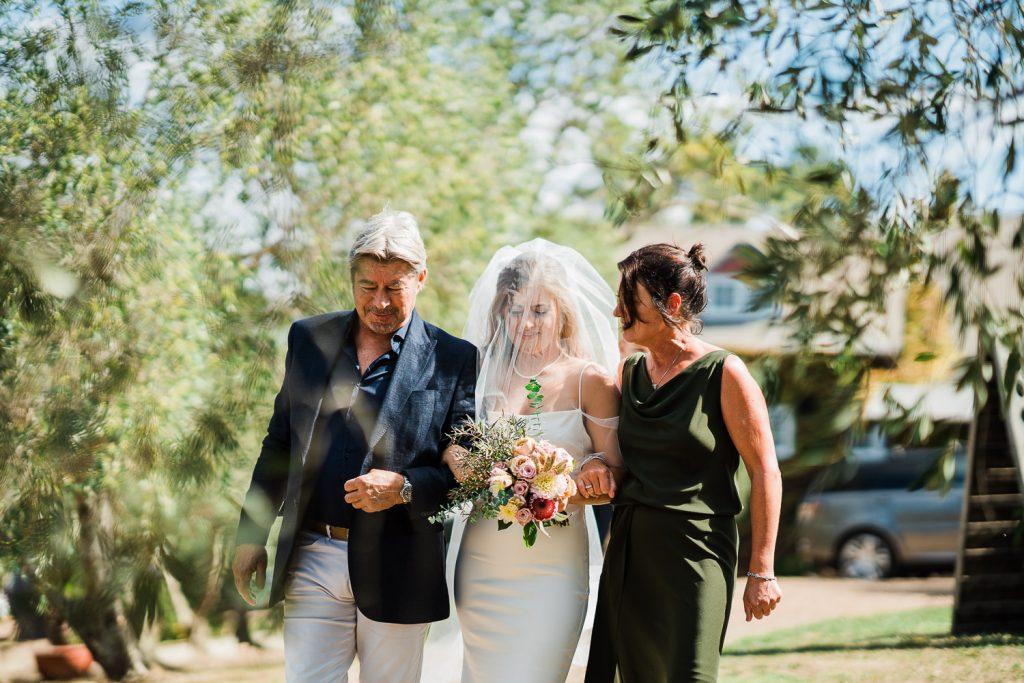 stonyridge, waiheke wedding